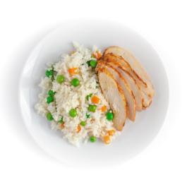 Запеченное куриное филе с рисом и овощами